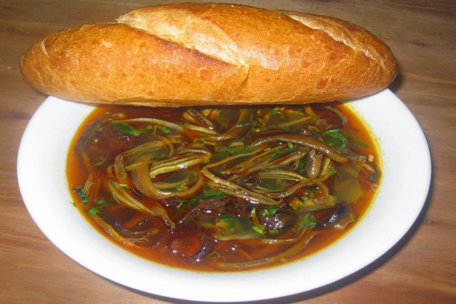 EEL SOUP - CHAT CHAT DISH